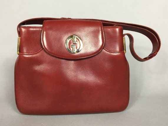 Vintage GUCCI burgundy red leather handbag / shoul