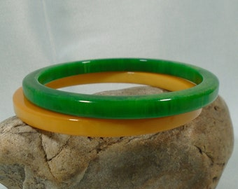 Marbled Green and Marbled Yellow Bakelite Bangles Simichrome Tested Pair of Bakelite Spacer Bracelets