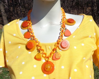 Bakelite Necklaces & Ers