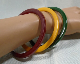 Set of Three Colorful Bakelite Bracelets Simichrome Tested Glossy Cinnamon Red, Yellow and Green Bakelite Slice Spacer Bangles