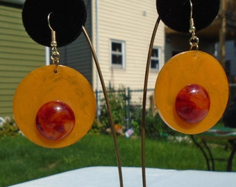 Bakelite Poker Chip Pierced Earrings with Fiery Red Cabs Simichrome Tested Marbled Yellow Poker Chip One of a Kind Catalin Earrings