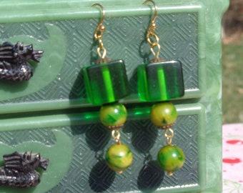 Bakelite Necklaces & Ers