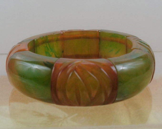 Featured listing image: Chunky Carved EOD Bakelite Stretch Bracelet in Transparent Lime Bright Green & Apple Juice Simichrome Tested Glossy Catalin Carved Stretchy