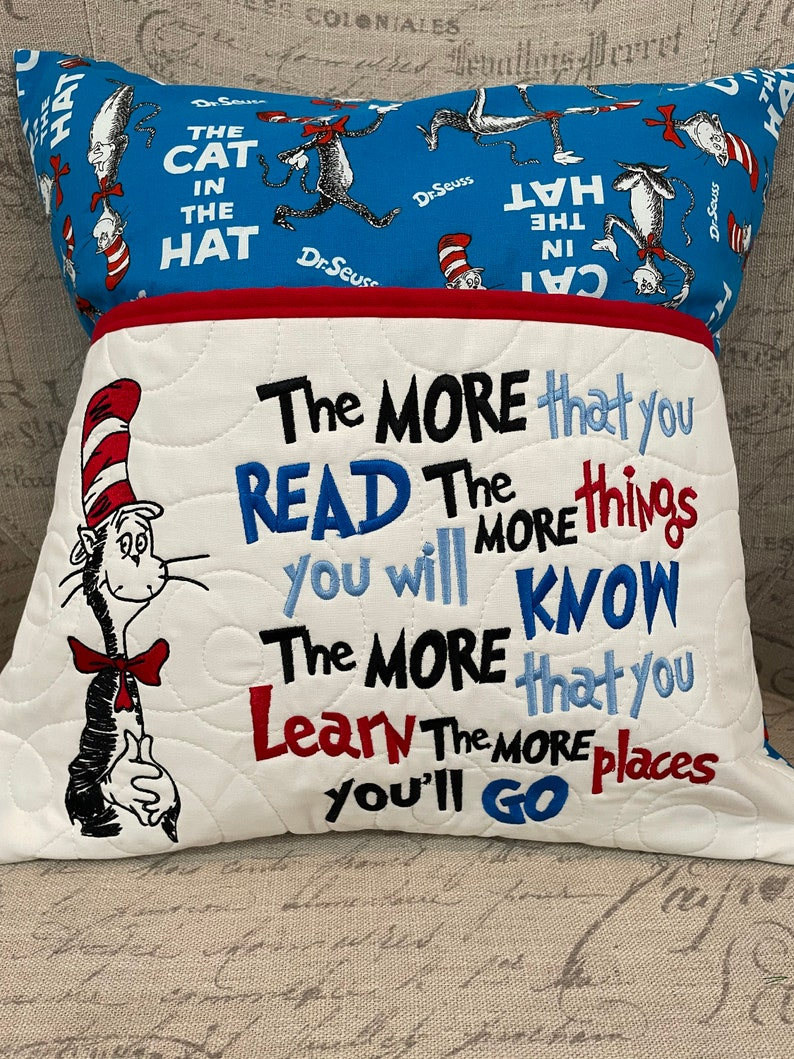 Seuss The Cat In the Hat Pocket Pillow Book Pillow Reading Pillow Dr