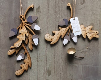 A Pair of Pretty Autumn Themed Oak Leaf and Acorn Hanging Decorations