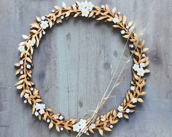 Beautiful Hand Painted Floral Wreath in White / Primrose
