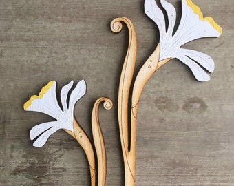 Hand Painted Wooden Flowers - A Pair of Spring Daffodils