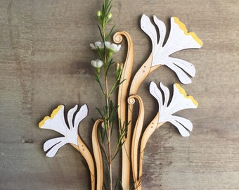 Hand Painted Birchwood Flowers - A Set of Spring Daffodils
