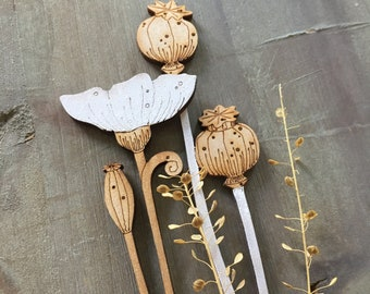 Wooden Flowers. Beautiful Hand Painted Birchwood Flowers - A Poppy Seed Head in Classic White with a Single White Poppy