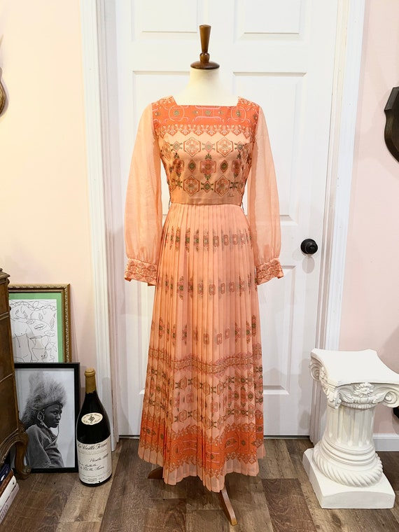 Vintage 1970s Alfred Shaheen Maxi Dress