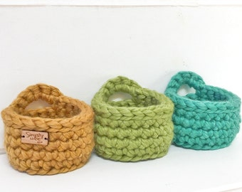 Mini Hanging Basket for Peg Board / Storage Basket / Craft Room Decor / Craft Room Storage / School Supplies / Locker Decor / Back to School