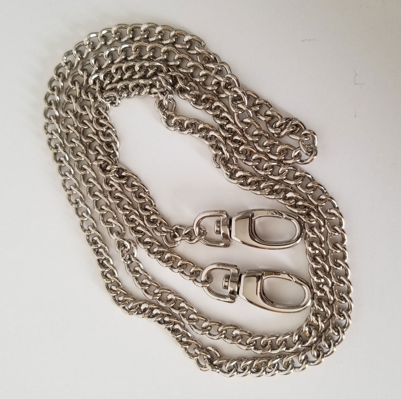Single link chain strap in bright nickel high quality purse image 0