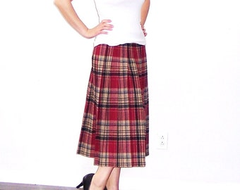 70s 80s Vintage Wool Pendleton Skirt Plaid Pleated // School Girl Costume