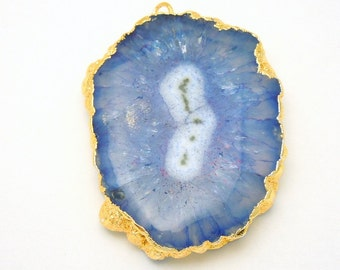 S85B5-02 Blue Dyed Solar Quartz Rounded Pendant with Electroplated Silver Edge