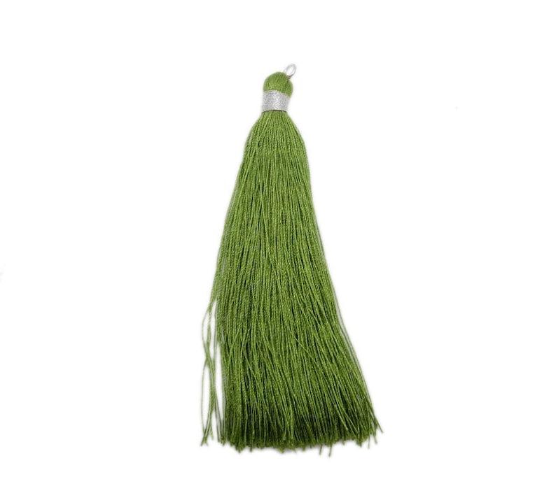 Large Silver Toned String Tassel Pendant S115B4-05 Dark Green Tassel