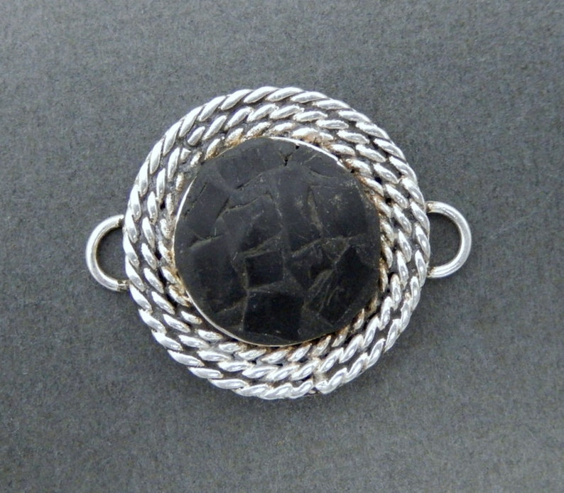 Tibetan-style Round Black Mosaic Double Bail Pendant Connector with Silver-toned Bails S4B4-08
