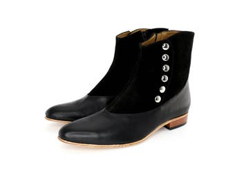 Catrin Boots in Black