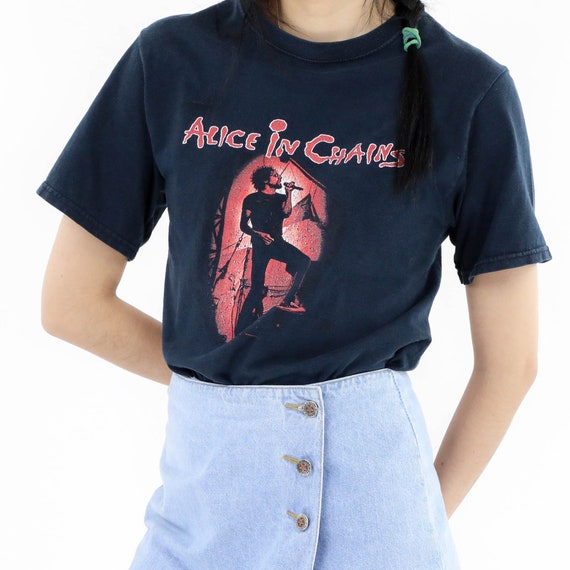 Alice in Chains Band Vintage T-shirt - image 2