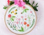 Embroidery kit, Christmas gift idea, Thank you mom - Happy Garden - christmas gift for coworker, Embroidery Hoop Art, Diy Kit, Tamar Nahir