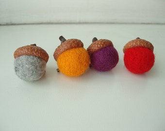 Needle felted Acorn brooch / Handmade gift / Natural cup / Needle felted / Mother's Day