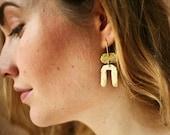 Abstract Earrings, Arc Earrings, Brass Jewelry, Modern Jewelry, Horseshoe Earrings, Minimal Jewelry, Geometric Earrings, Boho Jewelry