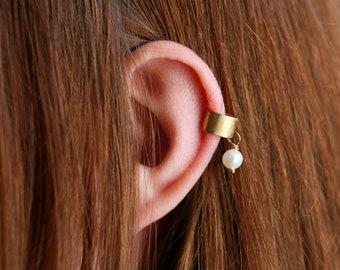 Ear Cuff Set with Sweetwater Pearl, Minimalist Cuff Earrings