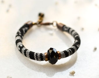 Black and White Friendship Bracelet, Hippie Surfer Bracelet, Boho Cord Bracelet