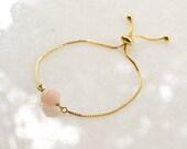 Faceted Morganit on Gold Plated Slider Bracelet, Natural Stone Jewelry, Ibiza Friendship Bracelet, Minimalist Jewellery
