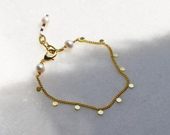 Dot Bracelet with Freshwater Pearls, Gold Plated Brass Bracelet with Circle Chain and Glass Beads Charm, Layering Jewelry