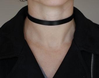 Handmade Black Veg Tan Leather choker 10 mm width