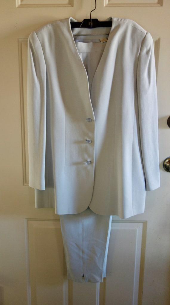 Vintage gray silk suit Dana Buchman designer jacke