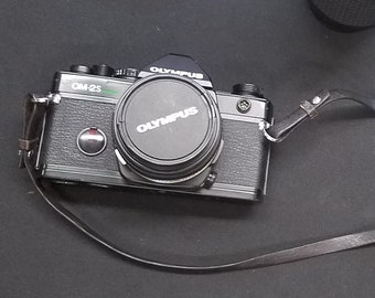 Olympus OM-2S 35mm SLR Camera / Zuiko Zoom3,5-4,5/35-105mm / and other items