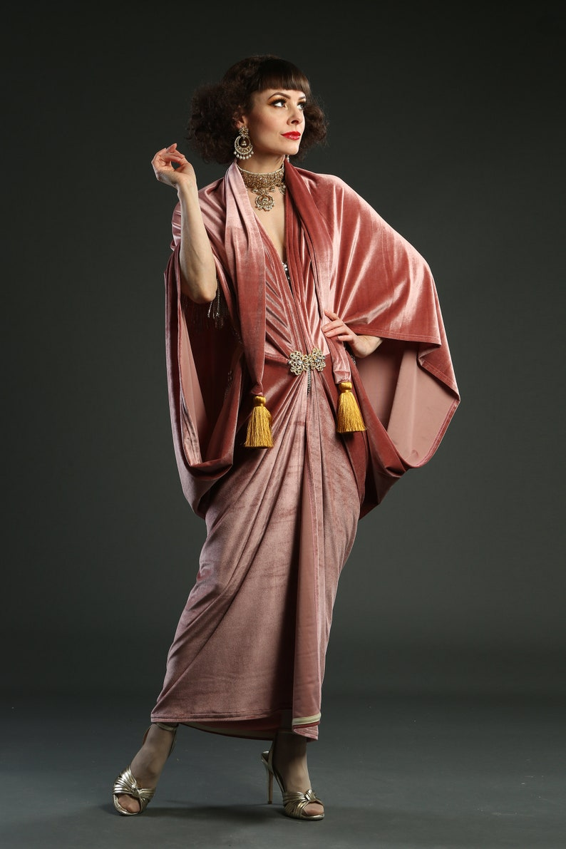 1920s Coats, Furs, Jackets and Capes History Blush Pink 1920s Velvet Great Gatsby Dress - Floor length flapper Dress Cocoon coat $248.76 AT vintagedancer.com