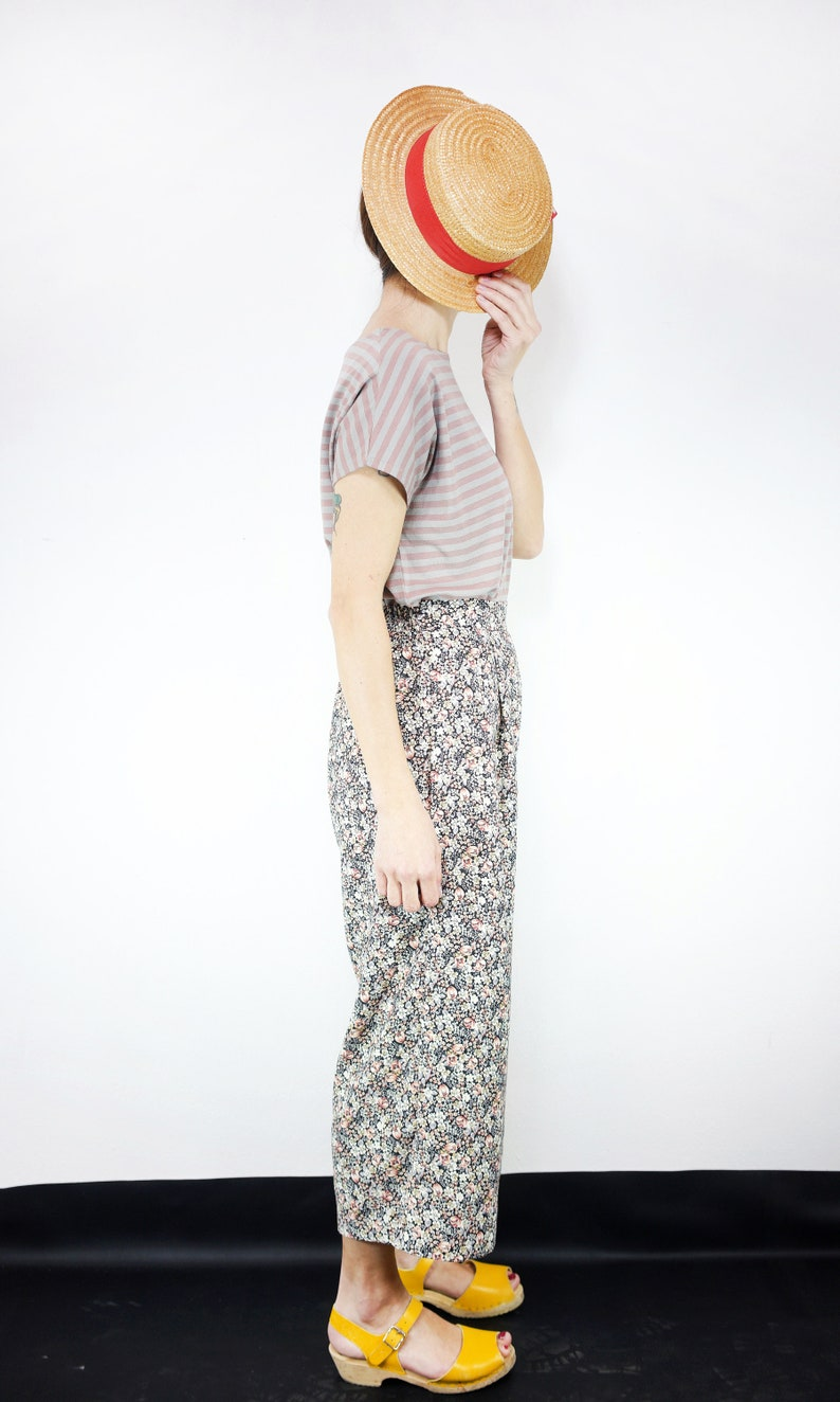 wide leg pant cropped mid-calf length Handmade flowers printed vintage viscose Castello PantsFloral Night pleated trousers culotte