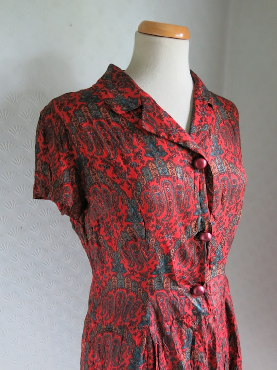 Red Paisley print 40s 50s dress Big Buttons Large