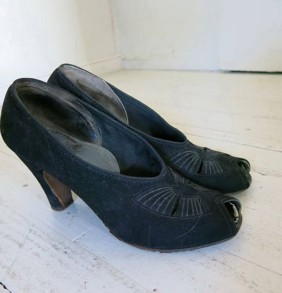Art Deco 40s shoes