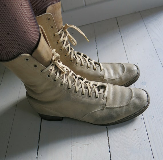 Beige leather 20s 30s 40s Lace up Boots Rare color