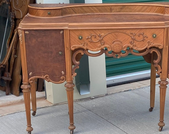 MAKEUP VANITY and Mirror Stunning Beauty ~ Antique Dresser Shabby Chic Wood Finish Bedroom Furniture BREATHTAKING!