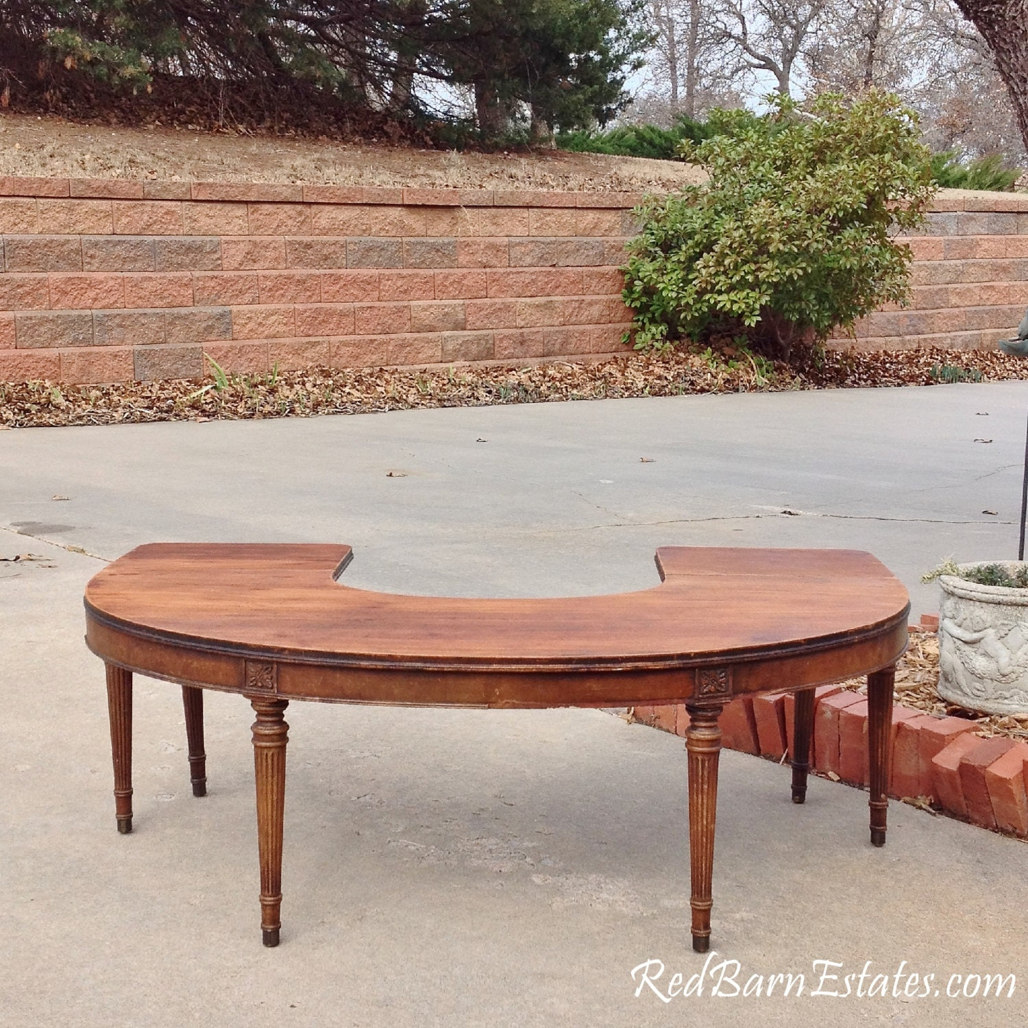 Coffee Table Round Half Circle Drop Leaf Sides Antique 48