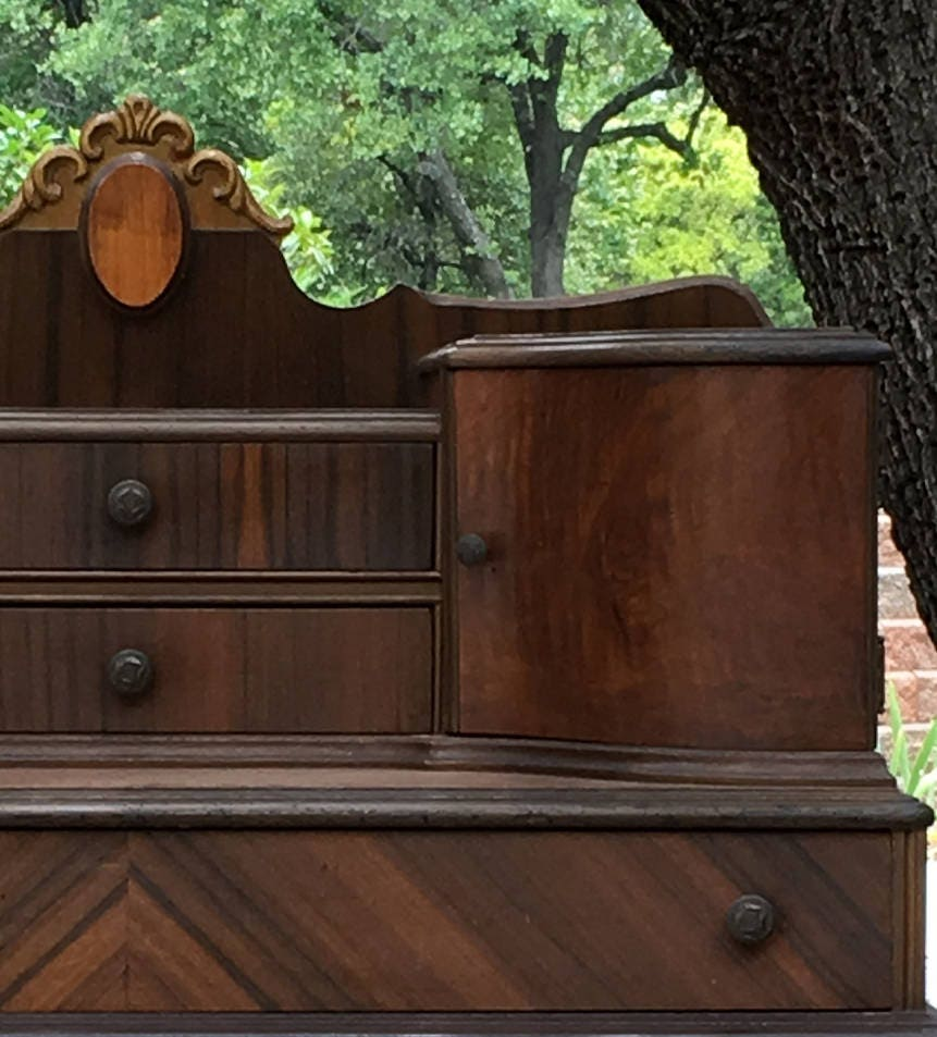 Antique VANITY DRESSER - Curvy Cabinets - Lots of Storage for Jewelry and  Makeup - Ready To Be Painted - Shabby Chic Furniture - In stock - Antique VANITY DRESSER - Curvy Cabinets - Lots Of Storage For