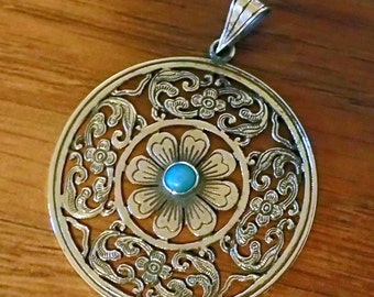 Nice Turquoise flower Disk Sterling Silver Pendant