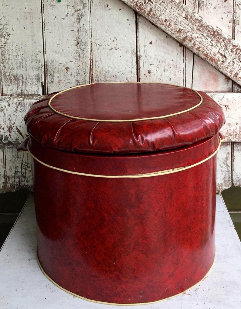 Terrific Storage Trunk Round Red Vinyl Storage Ottoman Footstool Hassock Vintage Mid Century Retro Lid Lifts Off For Storage Inzonedesignstudio Interior Chair Design Inzonedesignstudiocom