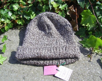 Hand knitted Hat in 100% organic wool