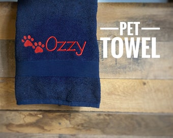 Personalized Dog Towel With Name and Paw Print, Pet Towel Embroidered With Name and Paw Print, New Puppy Gift, Grooming Towel, Dog Pet Gift