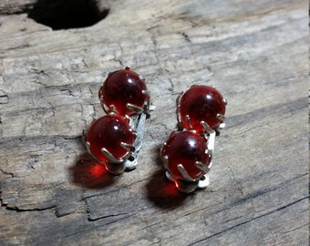 Vintage Red Ball Clip On Earrings