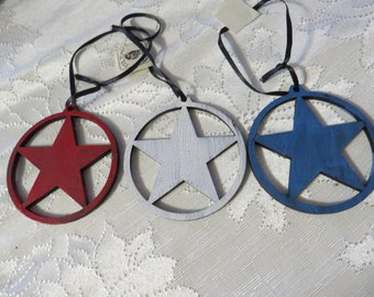 3 pc set of Patriotic RED WHITE and BLUE Country Stars round wood Ornament