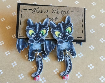 HTTYD Toothless Clinging Faux Gauge Earrings
