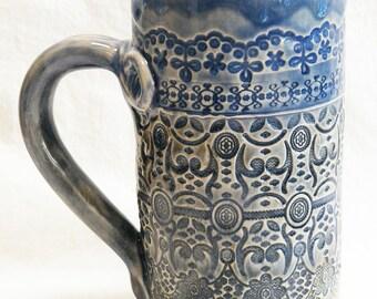 ceramic artisan lace coffee mug 18oz stoneware 18B030