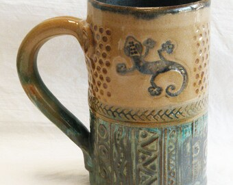 hand built gecko stoneware coffee mug 16oz stoneware 16B086
