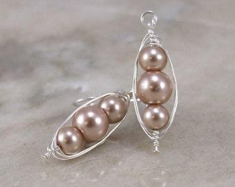 Mocha glass Pearl Herringbone Wrapped Earring